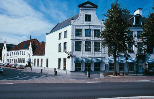 Nh brugge in brugge aanbiedingen hotel specials for Bruges hotels with swimming pools