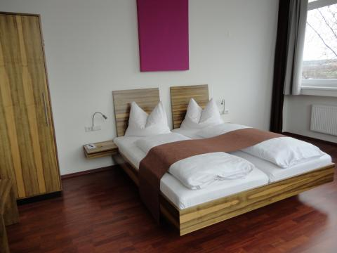 AMH Airport-Messe-Hotel