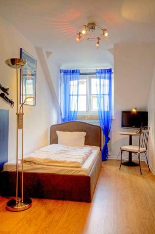 Eenpersoonskamer Comfort (incl. ontbijt)
