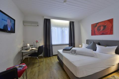 Eenpersoonskamer (incl. halfpension)