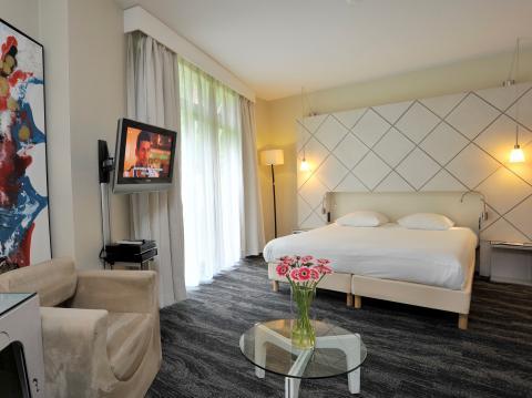 White Room Suite